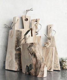 Wooden Wedding Gifts, Groomsmen gifts by IntraSStudio Custom Cutting Boards, Diy Cutting Board, Cheese Cutting Board, Raw Wood, Dream Decor, Wood Design, Diy Woodworking, Wood Art, Wood Projects