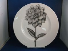 222 Fifth BOTANICA Dinner Plate DAHLIA flower floral