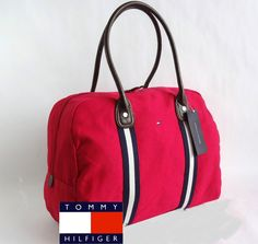 Tommy Hilfiger bag / Bolso Tommy Hilfiger My Bags, Purses And Bags, Estilo Navy, Inside My Bag, Tommy Hilfiger Handbags, Cute Backpacks, Cute Purses, Vuitton Bag, Cute Bags