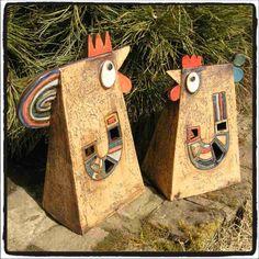 creative way to do ceramic chickens Clay Birds, Ceramic Birds, Ceramic Animals, Clay Animals, Ceramic Clay, Raku Pottery, Pottery Sculpture, Slab Pottery, Pottery Art