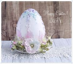 Easter Egg decorated with foamiran flowers Easter Egg Crafts, Easter Projects, Projects For Kids, Easter Eggs, Easter Ideas, Scrapbook Supplies, Scrapbooking, Paper Crafts, Diy Crafts