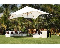 Montaje en exterior con sala lounge y sombrilla / Jardín de Cortés / Jardín para boda / Morelos