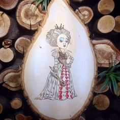 Queen of hearts, Alice in Wonderland, Pyrography, Wood art, wood burn   The_Pastel_Pug - Woodworking on ArtFire