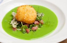 Perfect for summer lunches: @KinghamPlough's pea & gammon salad with pea soup & crispy egg http://togbc.com/1iug8Tt