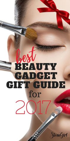 On the search for the perfect gift idea for women or someone obsessed with makeup? Here are our top picks for Christmas 2017! #giftidea #stockingstuffer #