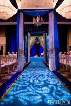 Love the blue and the texture on the floor!