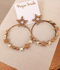 Argola Noite de Estrelas  Argola dourada, argola de estrela, tendência estrelas, verão 2018, acessórios, moda, Style, fashion, fashionismo, look do dia, boho Chic