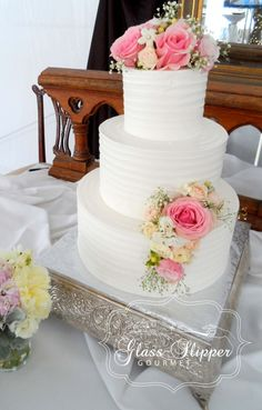 www.GlassSlipperGourmet.com Simple, Classic and Elegant ~ textured buttercream icing with fresh flowers #classicweddingcake #buttercreamtexture #alwaysinstyle 2014.0607