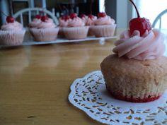 Vegan Shirley Temple Cupcake. For my girl @Erika Leigh www.shoeshirtsandothersht.com !