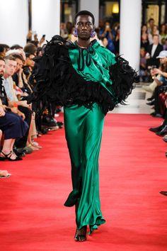 Y/Project Spring 2019 Ready-to-Wear Fashion Show Collection: See the complete Y/Project Spring 2019 Ready-to-Wear collection. Look 48 Fashion Week 2016, Spring Fashion, Fashion Trends, Paris Fashion, Fashion Inspiration, Vogue Paris, Fashion Show Collection, Mannequins, Leggings Fashion