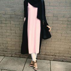 "Hijab Fashion on Instagram: ""@bintfalastiniya @bintfalastiniya @bintfalastiniya #inspo"""