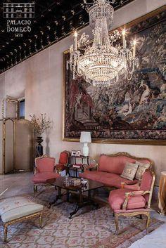 Salón principal del Palacio Domecq, en Jerez de la Frontera.  Más imágenes en www.palaciodomecq.com Granada, Goth, Bohemian, Interior Design, Architecture, Andalusia Spain, Homes, Palaces, Sevilla