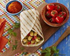 Fajita au poulet #AuchanEtMoi #auchan Tortillas, Sandwiches, Tacos, Bread, Recipes, Food, Cooking Recipes, Meat, Chicken Fajitas