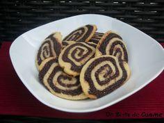 SABLES - SPIRALES VANILLE-CHOCOLAT - http://www.mytaste.fr/r/sables---spirales-vanille-chocolat-26171790.html