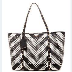💕Steve Madden Chevron Studded Tote w/Pouch💕 🚨Discontinued, Sold out Item🚨 Super CUTE, ! Gold studded, perforated, and VERY Unique!💎 Get it while you can......... 🚨PRICE FIRM🚨 This is my lowest price! Steve Madden Bags Totes