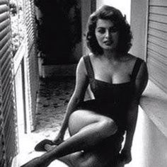 Sofia lauren- such an icon