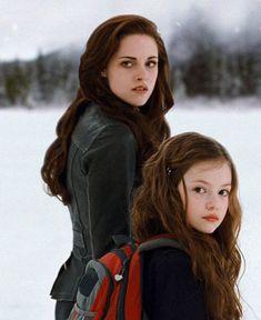 Twilight Film, Twilight Bella And Edward, Twilight Jacob, Kristen Stewart Twilight, Twilight Renesmee, Vampire Twilight, Twilight 2008, Twilight Quotes, Twilight Saga Series