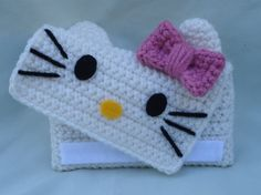 Crochet hello kitty phone case Pinned for Inspiration Via 4 by TheArtisansNook