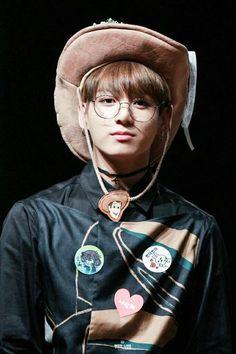 Jungkook ❤ BTS at the Yeouido Fansign Kookie Bts, Jungkook Oppa, Bts Bangtan Boy, Namjoon, Seokjin, Jungkook Glasses, Jungkook Fanart, Vkook Fanart, Bts Boys