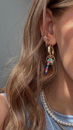 Ear Jewelry, Cute Jewelry, Jewelry Accessories, Jewlery, Safety Pin Jewelry, Gold Jewellery, Accesorios Casual, Ideias Fashion, Bling