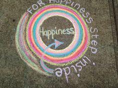 Happiness sidewalk chalk - Chalk Art İdeas in 2019 New York Graffiti, Street Art Graffiti, Graffiti Artists, Chalk Drawings, Art Drawings, Chalk Photos, Chalk Design, Chalk Wall, Sculpture Art