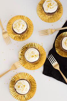 Oscar party cupcakes!