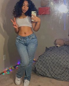 Baddie Outfits Casual, Cute Swag Outfits, Dope Outfits, Girl Outfits, Fashion Outfits, Fashion Hacks, Fashion Tips, 2000s Fashion, Girl Fashion