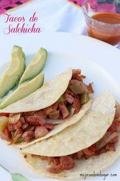 Tacos de Salchicha a la Mexicana. Con esta receta para Guisado de Salchichas a la Mexicana puedes preparar unos ricos tacos de salchicha o servir acompañado de arroz o frijoles.