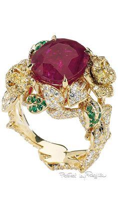 http://rubies.work/1031-sapphire-ring/ 0892-sapphire-pendant/ Regilla ⚜ Una Fiorentina in California