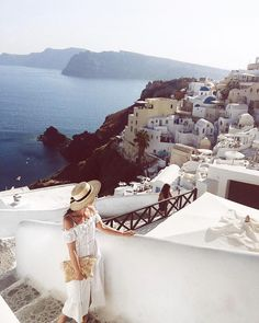 Santorini - Oia Petra Fialová - @tasteofviolet