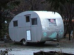 1946 C.D. Barger Canned Ham Travel Trailer, 14' #cannedham #vintagetrailer #vintagetraveltrailer