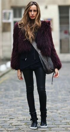 Fur, skinny jeans and sneakers.  Cute love the shoes