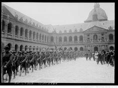4/7/17, à Paris, aux Invalides [défilé des troupes américaines pour l'Independence Day] : [photographie de presse] / [Agence Rol]