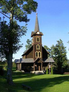 Drevený kostolík svätej Anny v Tatranskej Javorine   Wooden Church of saint Anna in Tatranska Javorina, Slovakia