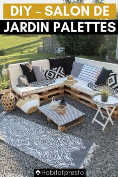 Pallet Lounge DIY, so you can build your own lounge on the terrace or balcony, in just a few steps and at low cost! Terrace design ideas and tips, mattresses for pallet lounge, build terrace furniture Garden Furniture Design, Pallet Garden Furniture, Outdoor Furniture Sets, Outdoor Decor, Pallets Garden, Furniture Ideas, Antique Furniture, Garden Design, Furniture Online
