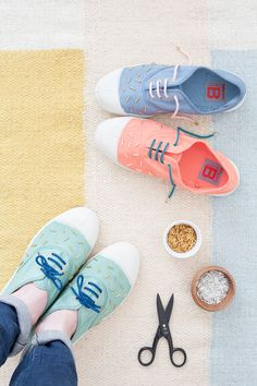 Decorate your tennis shoes with beads   diy   color   beads   embellishment