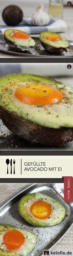 Schnelles Keto Frühstücks-Rezept für deinen Ernährungsplan: Keto Frühstücks-Avocado mit Ei. Macht satt, schlank & schön. Hol dir das kostenlose Keto Frühstücks Rezept von meinem Food Blog, backe es fertig und genieße es! Glutenfrei Ohne Zucker LCHF Rezept (Low Carb High Fat) Fast ohne Kohlenhydrate.