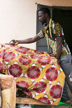 Un artista de la tela...moda étnica www.quantikblog.com