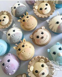 Rule Kikids Party Pic a través de . Fondant Cupcake Toppers, Cupcake Tier, Cupcakes Design, Kid Cupcakes, Animal Cupcakes, Cupcake Cookies, Baby Cakes, Cupcakes Bonitos, Safari Cakes