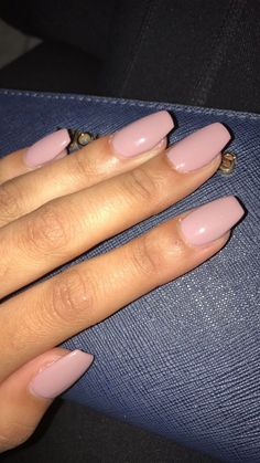 Make an original manicure for Valentine's Day - My Nails Perfect Nails, Gorgeous Nails, Pretty Nails, Blush Pink Nails, Cute Pink Nails, Matte Pink, Fall Gel Nails, Cute Fall Nails, Fall Acrylic Nails