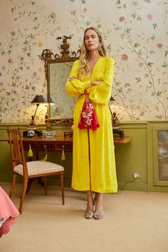 See all the Collection photos from Attico Spring/Summer 2018 Ready-To-Wear now on British Vogue 70s Fashion, Fashion Week, Fashion Looks, Fashion Outfits, Fashion Tips, Fashion Design, Fashion Trends, Milan Fashion, Ladies Fashion