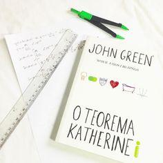 Dia 1 #desafioLSR Um livro engraçado Escolhi O Teorema Katherine. Apesar de ser fraquinho a história é bem divertida! #checkinvirtual #amoler #books #johngreen #oteoremakatherine #instasqd #blogsdaliga