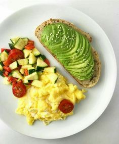 Quick Healthy Breakfast Ideas & Recipe for Busy Mornings Healthy Desayunos, Quick Healthy Breakfast, Healthy Meal Prep, Healthy Snacks, Healthy Eating, Healthy Recipes, Keto Recipes, Clean Eating, Dinner Healthy