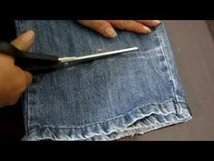 Japanese Secret to Lose Weight Smart Sewing Hacks, Sewing Projects, Pola Rok, Janome, Sewing Techniques, Distressed Denim, Diy Clothes, Helpful Hints, Sewing Patterns