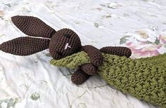 Nussekluden med Harepus – By C. Bobler, New Moms, Crochet Necklace, Babys, Amigurumi, Threading, Babies, Crochet Collar, Newborns