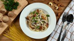 "Veganské špagety ""carbonara"" | Jóga Dnes Tempeh, Spaghetti, Ethnic Recipes, Food, Essen, Meals, Yemek, Noodle, Eten"