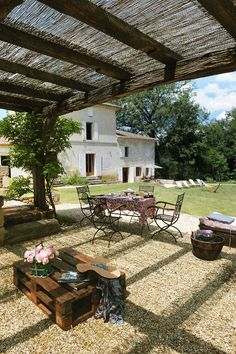 Naujan-et-postiac Farmhouse Rental: Luxury Country Home + Award Winning Heated Swimming Pool Bordeaux Area | HomeAway