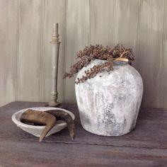 Het Moonhuis: Muurvuller en tegellijm 2 Paper Mulberry, Cement Crafts, Rustic Interiors, Modern Rustic, Painted Furniture, Diy And Crafts, Sweet Home, Interior Decorating, Diy Projects