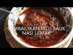 Sambal Ikan Bilis Lauk Nasi Lemak - YouTube Seafood Recipes, Gourmet Recipes, Chicken Recipes, Cooking Recipes, Nasi Lemak Sambal Recipe, Lemon Velvet Cake, Curry Dishes, Malaysian Food, Muesli