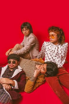 My smol, OPM heart. IV of Spades is gonna slaaaay the Philippine music industry scene. Gabriel, Travis Scott Wallpapers, King Of Spades, Band Wallpapers, Happy Pills, 90s Outfit, Aesthetic Boy, Band Posters, Kawaii Anime Girl